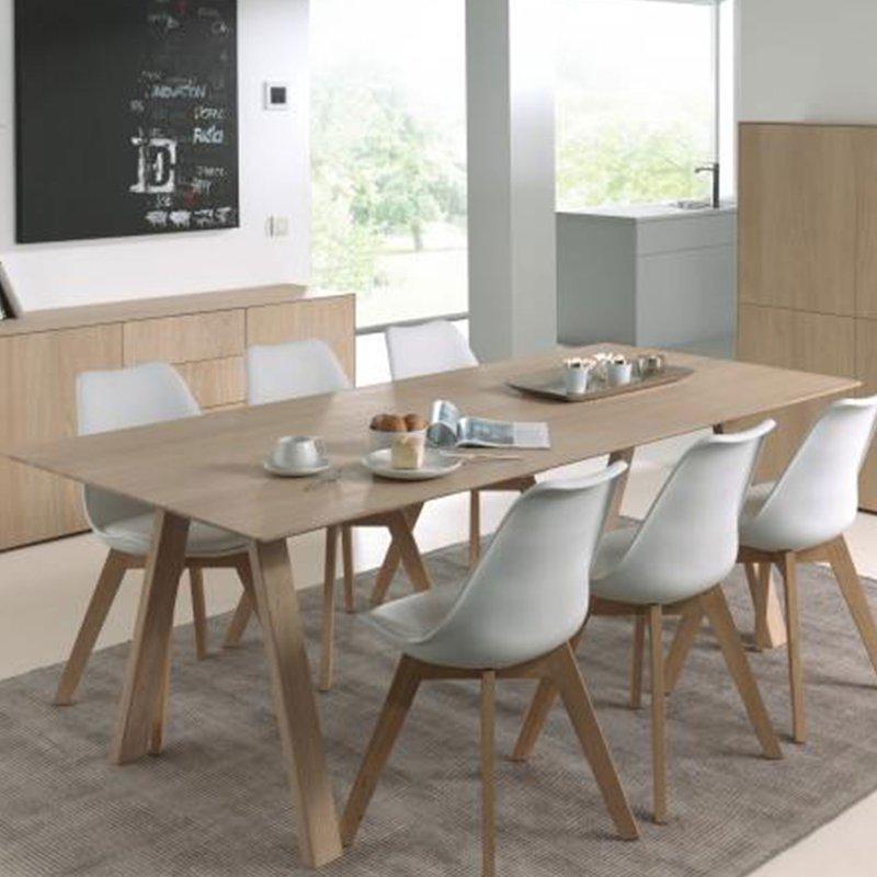 table repas extensible 180 232 cm en ch ne massif bradley maison et styles. Black Bedroom Furniture Sets. Home Design Ideas