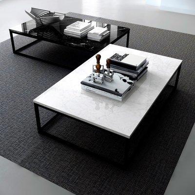 Table basse 120 cm plateau marbre blanc et piètement noir - OTIS